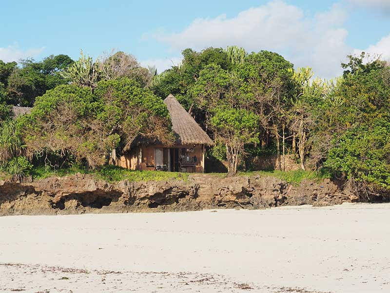 Hotel_The_Sands_at_Chale_Island_02.jpg